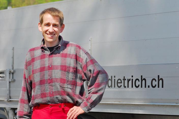 Jungfrau Zeitung Der Zünsler Frisst Sich Richtung Oberhasli