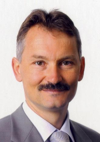 Neben der Nomination von Beat Wyss (Foto) zum Leiter Geschäftskunden Berner Oberland verstärkt die - gosimg10BT014901d1808580b30000120110ag
