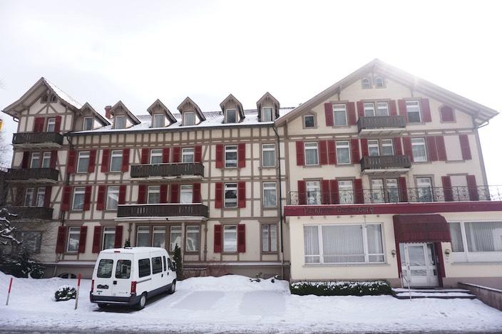 Seit Jahren steht das Parkhotel Beatenberg leer. Ein Neubau für rund 30 Millionen Franken soll dem Tourismus im Dorf Schwung verleihen.