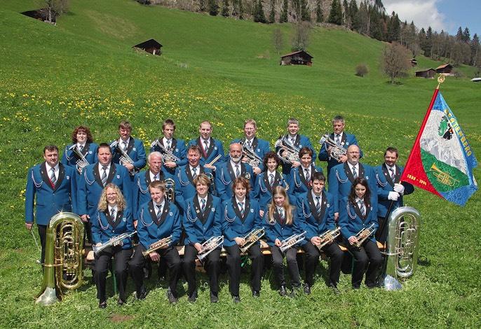 Heute sind wieder 21 Musikerinnen und Musiker bei der Musikgesellschaft dabei.