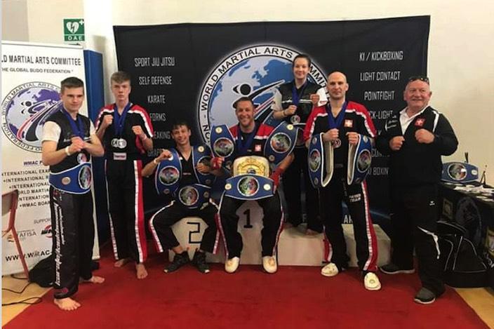 Die Haslifighters setzten sich beim Kickboxing am Europacupwettkampf in Ferrara, Italien, durch.
