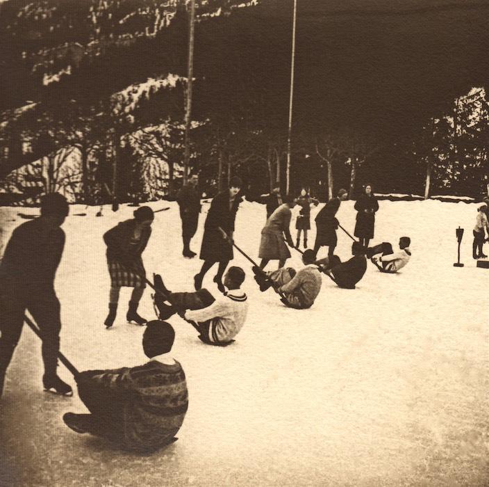Früher fanden in der Nähe des Hotel Regina sogenannte Eisschaufel-Rennen statt.