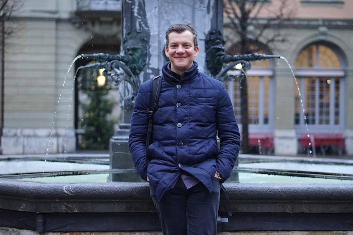 Auch wenn er in Bern arbeitet, ist Patrick Secchiari mit einem Bein immer im Oberland geblieben.