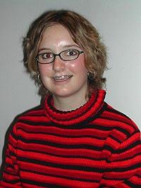Die 16-jährige Grindelwalderin Monika Wenger spielt in «Steinschlag» Jeannette Baumberger, die - gosimg10K100c8010b806680b3000012010gfh