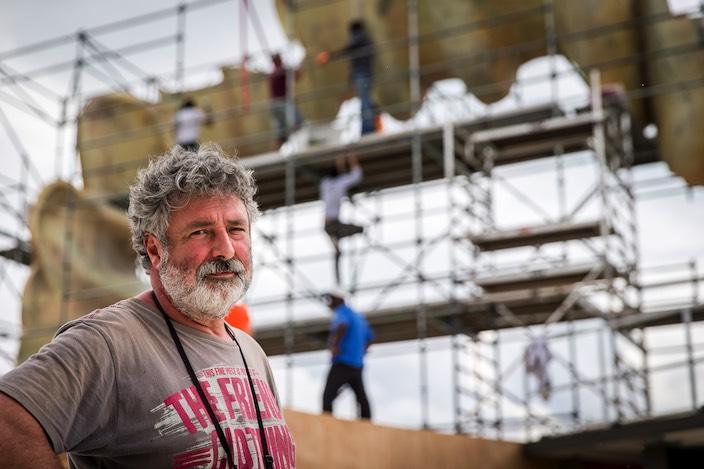 Seit über dreissig Jahren versorgt Manfred Sijtsma die Schweizer Bühnen mit seinen Konstruktionen.