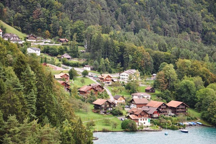 Für einen Ortswechsel müssen sich Ende November sowohl die Einwohner von Sundlauenen als auch von Beatenberg und Unterseen dafür aussprechen.