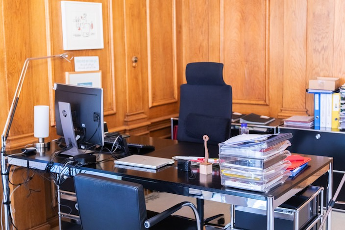 From this desk Beatrice Simon