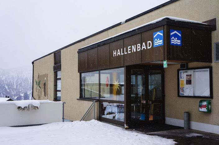Das Hallenbad bleibt den Beatenbergern noch mindestens bis 2023 erhalten. Es soll erst geschlossen werden, sobald ein Neubauprojekt steht.