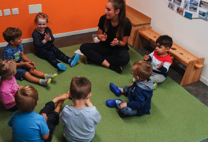 Der Kanton Bern stellt die Kinderbetreuung in Zeiten des Corona-Virus sicher (Symbolbild).