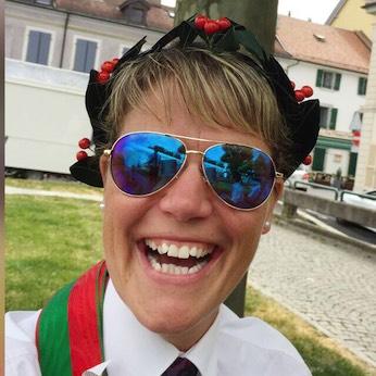 … und die Zweitplatzierte Therese Dauwalder freuen sich über ihre Leistungen und Ränge.