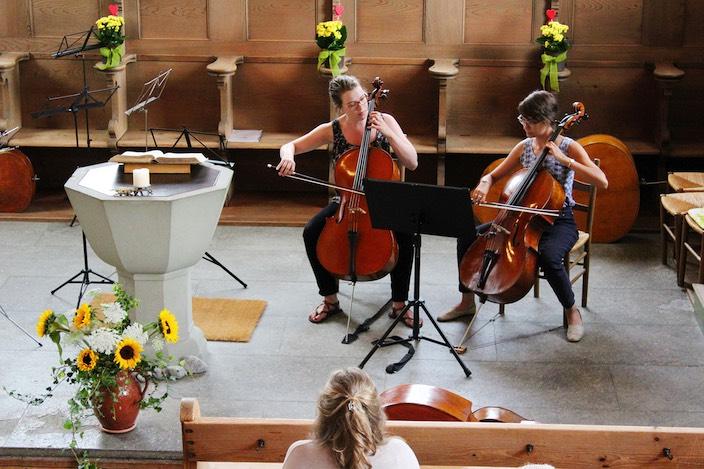 Die Musikerinnen und Musiker, hauptsächlich aus dem Studentenorchester der Freien Universität Amsterdam, traten in verschiedenen Zusammensetzungen auf.